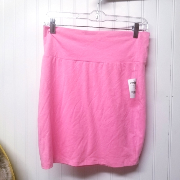 NWT Charlotte Russe Pink Skirt Size Large
